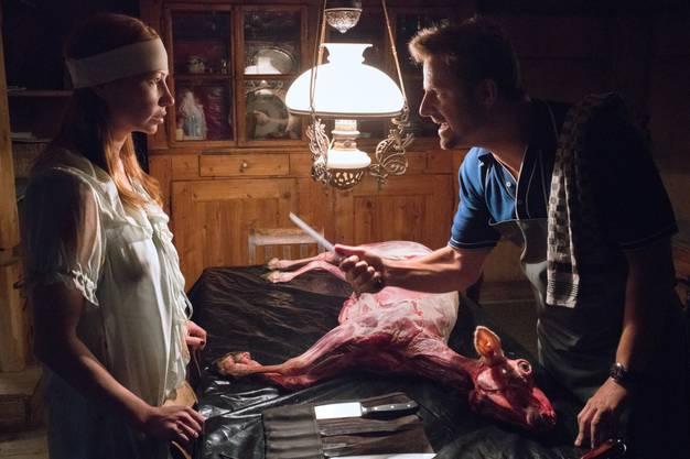 Anna und Nick kollidieren im Auto mit einem Schaf und bald geschehen seltsame Dinge. Ist das alles nur ein Traum – und falls ja: Wer träumt ihn?