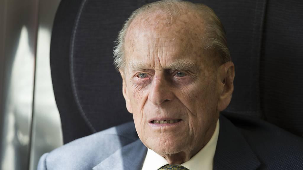 Buckingham-Palast: Prinz Philip erholt sich von einer Infektion