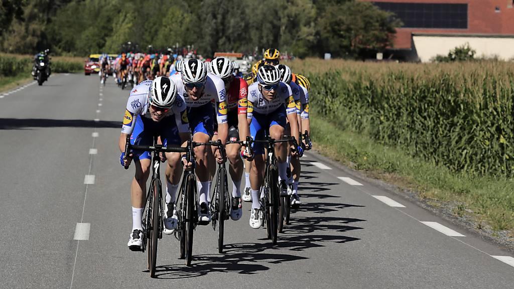 Corona-Tests bei der Tour: alle Fahrer negativ, Direktor positiv