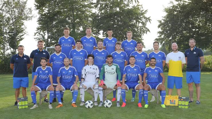 Das Duo Arben Gjidoda (links aussen) und Alban Xhema (rechts daneben) hat beim FC Bellach das Ruder übernommen.