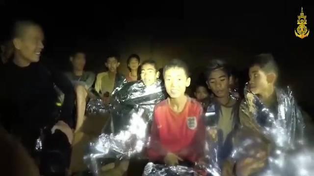 Höhlen-Drama Thailand: Erste Buben gerettet