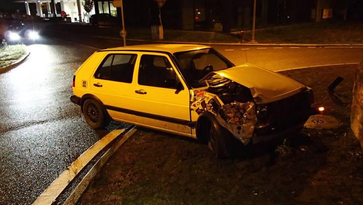 Nach einem Überholmanöver verlor der Golf-Fahrer die Kontrolle über sein Fahrzeug.