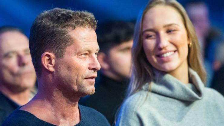 Der Schauspieler Til Schweiger hat sich am 19. Januar 2020 mit einer neuen Frau an seiner Seite gezeigt.