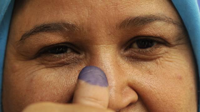 Diese Frau hat gewählt, gemeinsam mit Millionen anderen in Ägypten
