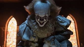 """Bill Skarsgård als der Kinder killende Clown Pennywise in """"It"""". In der Deutschschweiz entschieden sich am Wochenende fast 50'000 von insgesamt 112'000 Kinobesuchern für den Gruselschocker nach Stephen Kings Bestseller."""