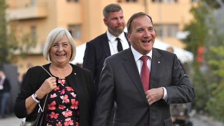 Stefan Lofven und seine Ehefrau Ulla Lofven: Der Chef der Sozialdemokraten kann sich insofern freuen, als dass seine Partei die stärkste Kraft bleibt.