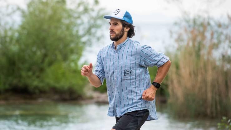 In jedem Kanton will Dimitri Egger einen Marathon rennen (42,195 Kilometer)...