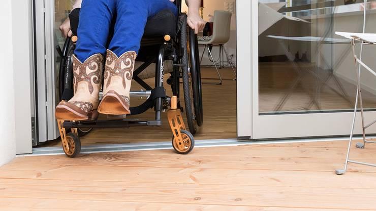 Die Fachstelle berät Menschen mit Behinderungen und Interessierte bei fachspezifischen Fragen.