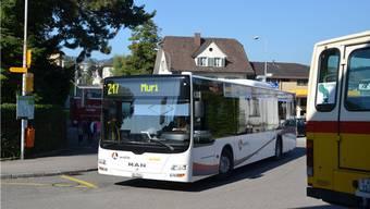 Jeder Bus soll seine eigene Haltestelle erhalten.