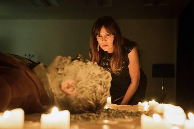 Der Beginn einer bizarren Mordserie: Barbara Terpoorten als Anna-Maria Giovanoli.