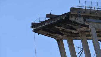 Die Betreiberin der Autobahnbrücke in Genua, die am 15. August eingestürzt ist, ist bei der Swiss Re versichert. (Archivbild)