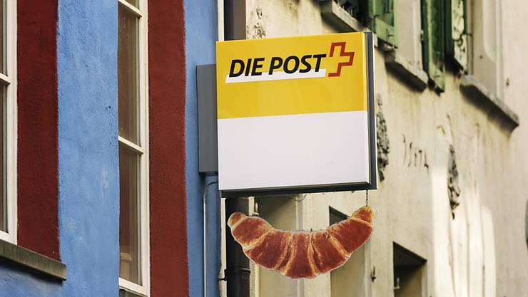 Auch die Postagenturen haben es nicht leicht: Briefe werden immer weniger geschrieben. (Symbolbild)