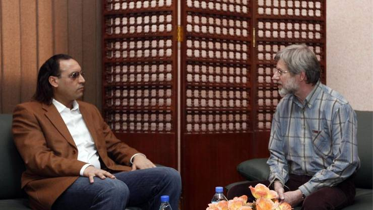 Gaddafi-Sohn Hannibal besuchte Max Göldi im Gefängnis. Offenbar will Göäldi eine Begnadigung erwirken.