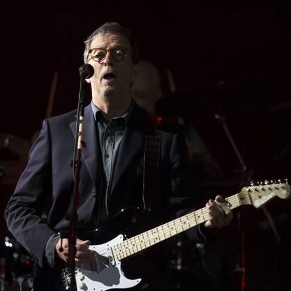 Clapton gibt seine grössten Songs zum Besten.
