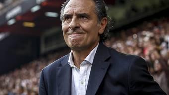Claudio Prandelli kommt mit Valencia nicht vom Fleck. Gegen den Tabellenletzten Granada setzte es ein 1:1 ab