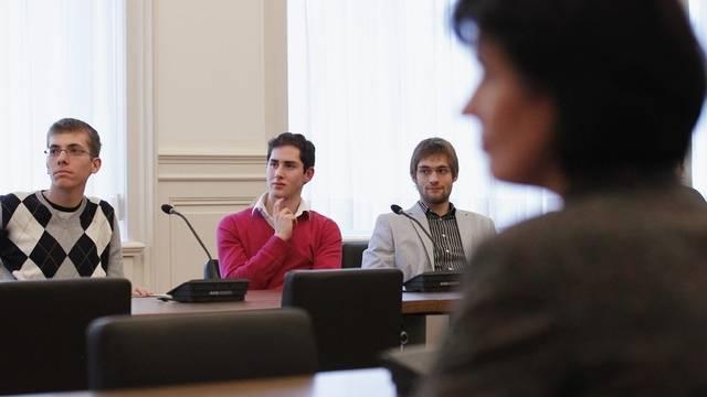 Drei Preisträger und Bundespräsidentin Leuthard