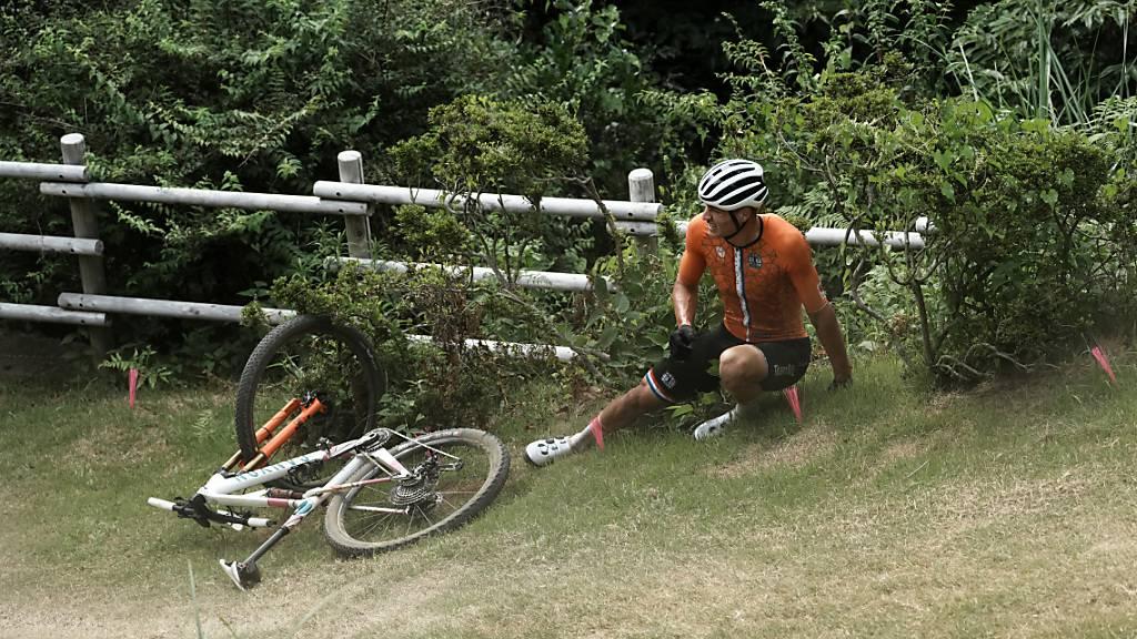 Mathieu van der Poel nach seinem Sturz im olympischen Rennen in Tokio