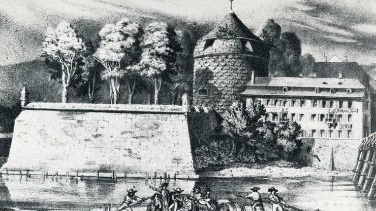 Gestartet wird mit der Flösserei auf der Aare in Solothurn – hier vor der St.Georgs-Bastion. Die Bastion stand auf der Altstadtseite nahe der Wengibrücke.