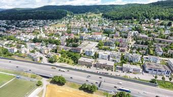 Die Autobahn A1 soll zwischen dem Anschluss Dietikon und dem Limmattaler Kreuz saniert werden. Im Bild: Geroldswil.