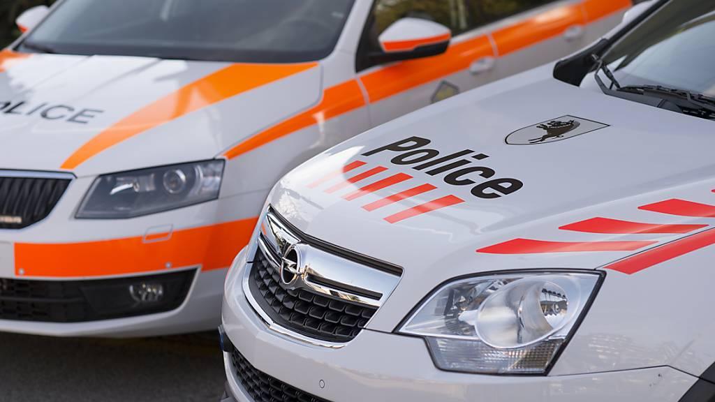 Verletzter Fahrer nach Autounfall in Courtedoux JU