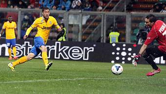 Claudio Marchisio (l.) erzielte das 2:1 gegen Sassuolo