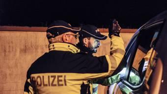 Am Freitag führte die Polizei Basel-Landschaft eine koordinierte Grosskontrolle durch. (Symbolbild)