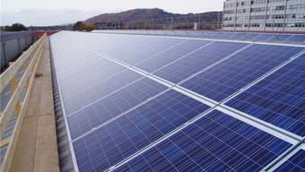 Eine Photovoltaikanlage soll in Schlieren Energie liefern. NEM