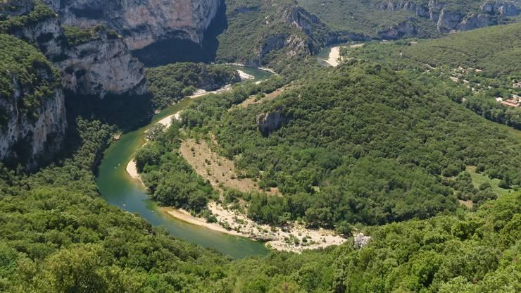 Ardèche Schlucht im Zentralmassiv, Frankreich