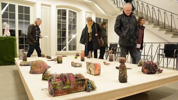 «Unschuldige Objekte» heisst das Werk vom jungen Künstler André Lehner, laut der Kunstkommission bekannt für düstere Landschaften und bizarre Installationen. kus