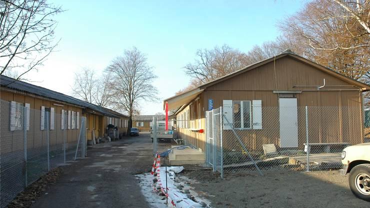 Barackensiedlung Juch: Hier werden die Asylsuchenden für den Testbetrieb mit beschleunigten Verfahren untergebracht.