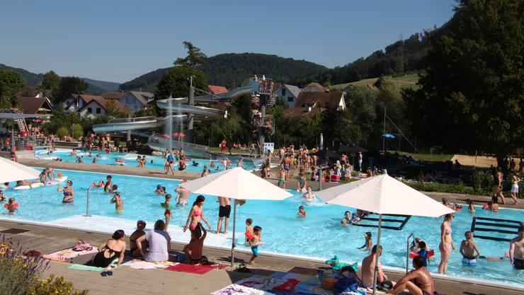 Am 26. August verzeichnete Helmut Kohler mit 36,6 Grad den heissesten Tag in diesem Jahr – im Fricker Freibad herrschte an diesem Tag Grossandrang.