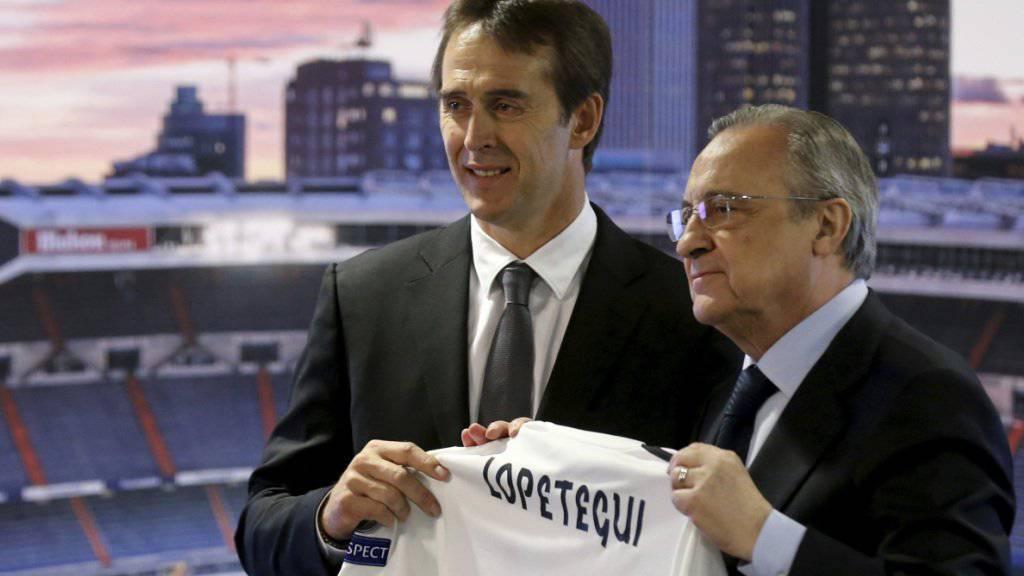 Real Madrids Präsident Florentino Perez (rechts) und Coach Julen Lopetegui