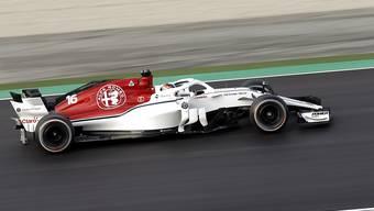 Formel-1-Neuling Charles Leclerc dreht im Alfa Romeo Sauber-Ferrari seine ersten Runden