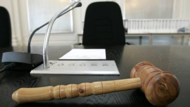 Der 72-Jährige wurde insbesondere wegen Menschenhandels und sexueller Handlungen mit Kindern verurteilt. (Symbolbild)