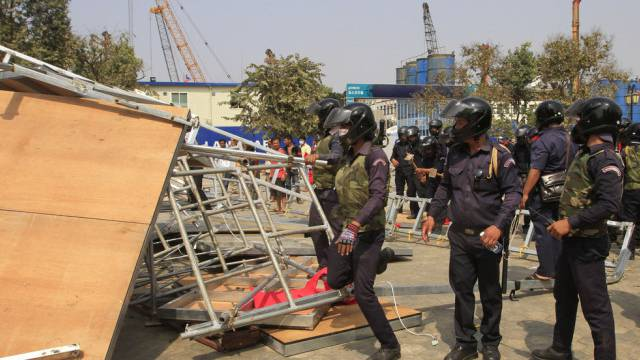 Sicherheitskräfte in Phnom Penh im Einsatz