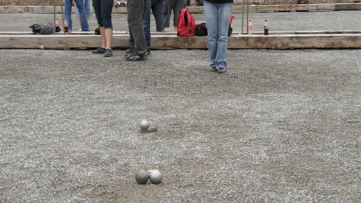 Zielorientiert: Auch Spitzenspielern steht manchmal ein spitziger Stein im Weg. (Foto: ba)