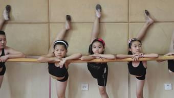 Mehr Drill: Die Botschaft des Buches «Die Mutter des Erfolgs» ist es, dass der strenge chinesischeErziehungsstil der entspannten westlichen Haltung gegenüber Kindern überlegen sei. keystone