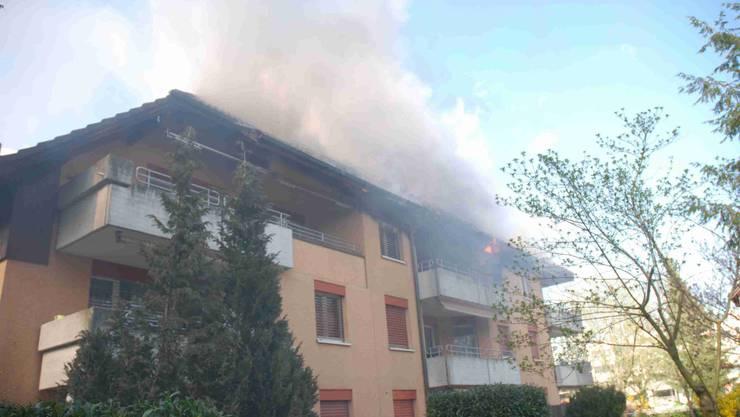 In einem Mehrfamilienhaus ist am Dienstagnachmittag ein Feuer ausgebrochen.