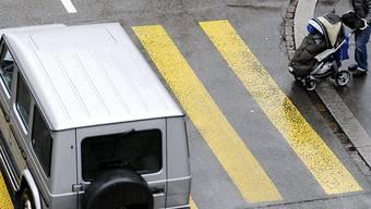 Während die Autos immer sicherer werden, starben wieder mehr Fussgänger im Strassenverkehr (Symbolbild).