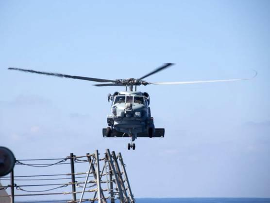 Helikopter helfen bei der Suche