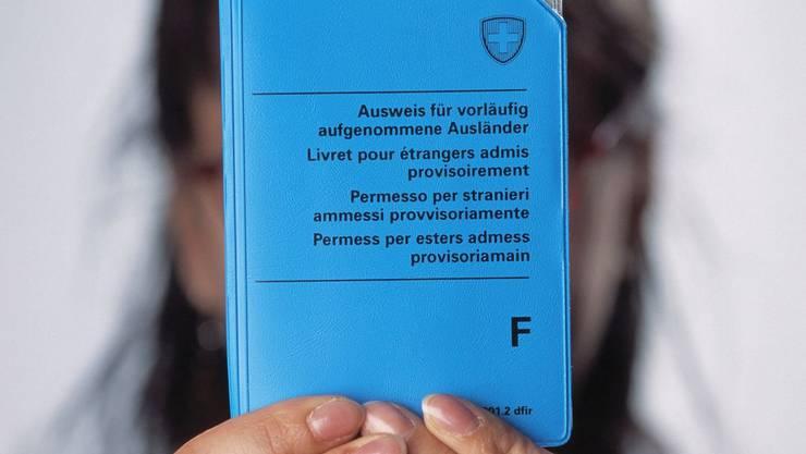 Vorläufig aufgenommene Personen erhalten den Status F. Obwohl ihr Asylantrag abgewiesen wurde, können sie nicht in ihr Ursprungsland zurückgeschickt werden.