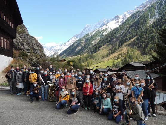 Die Lager-Foto mit dem SOBV Jugendblasorchester 2020 in Blatten (Lötschen VS)