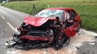 Der 51-jährige Autofahrer muste  mit der Rega ins Spital geflogen werden.