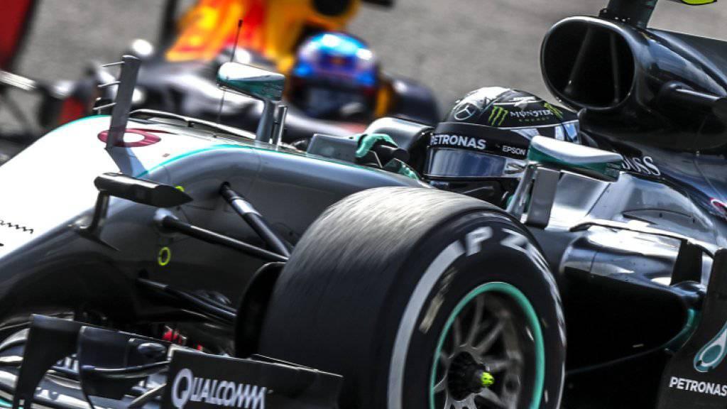 Nico Rosberg fährt im ersten Training in Monza im Mercedes die Bestzeit