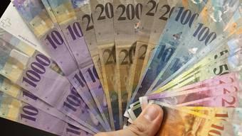 Mit einem Bündel von rund 75 teils umstrittenen Massnahmen will die Regierung den Basler Staatshaushalt um rund 70 Millionen Franken pro Jahr entlasten.
