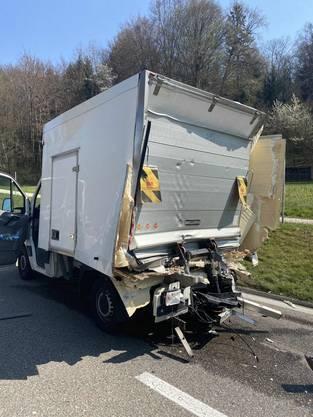 Der Lieferwagen fuhr wegen einer Panne viel zu langsam.