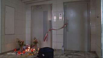 In Spreitenbach stürzte ein Mann vom 11. Stock in den Liftschacht und starb. Warum haben sich die Türen des defekten Lifts geöffnet? Der Halbruder des Opfers ist fassungslos und erhebt gegen den Liftmonteur nun Vorwürfe.