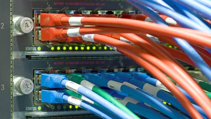 Die IT-Abteilung will auch als eigene Firma den Kabelsalat niedrig halten.