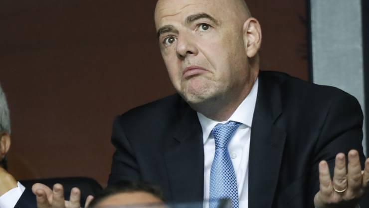 Die FIFA (im Bild Präsident Gianni Infantino) übernimmt vorübergehend die Kontrolle in Uruguays Verband