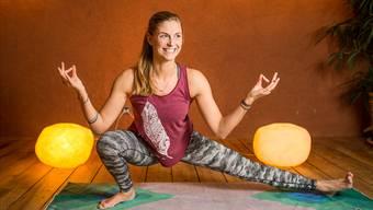 2014 absolvierte Marlene Albrecht auf Hawaii die Ausbildung zur Yoga-Lehrerin. Seither gibt die Curlerin einmal pro Woche Yoga-Lektionen in Zürich.